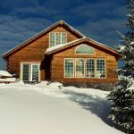 Year Round Accommodation is available at Fernleigh Lodge, Ontario