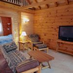 Cabin on the Hill - Luxury Cabin Cottage Rental at Fernleigh Lodge Ontario